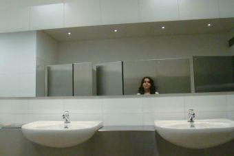 Pequeñas cosas terribles: quedarse encerrada en un baño