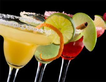 4 elementos que debe tener un trago femenino
