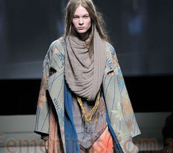 Cómo usar una bufanda con estilo