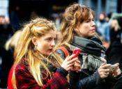 Para muchos consumidores, el móvil es esencial para buscar y comprar productos