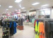 Los compradores digitales siguen prefiriendo las tiendas físicas