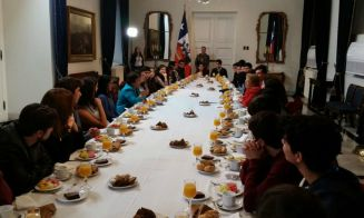 PSU 2016: presidenta Michelle Bachelet desayunó con los puntajes nacionales