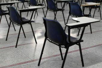 ¿Qué documentos hay que presentar para matricularse en la universidad?
