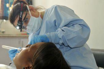 ¿Qué hace un odontólogo?