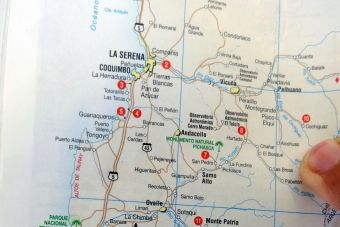 Sendero de Chile: libros y mapas para hacer trekking y educación ambiental