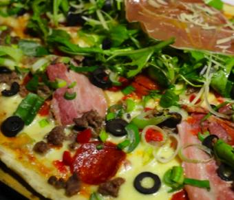 Único Pizza Bar