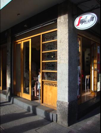 Amadeus Pizza / Café