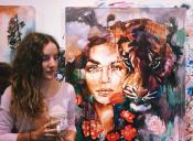 Esta adolescente transforma sus sueños más salvajes en increíbles pinturas