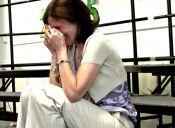 Estudiantes interpretan una emotiva canción para su profesora con cáncer