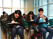 ¿Ingresarás a la educación superior en 2016? Postula a las becas y créditos para alumnos de primer año