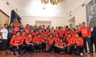 Un profe de Historia recopiló las notas de los jugadores de la Selección Chilena