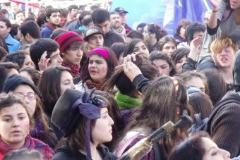 Marcha estudiantil reunió a 100 mil personas y concluyó de manera pacífica