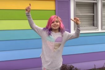 Conoce a Avery, la activista transgénero de 8 años que conmueve a la comunidad LGBT