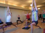 ¿Cómo el yoga puedes ayudarnos a vivir más?