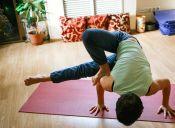 5 canales de youtube para hacer yoga en casa