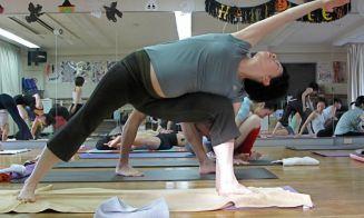 5 ejercicios de yoga para embarazadas