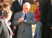 Estudiantes endeudados funan a ex Presidente Lagos en la U. de Chile