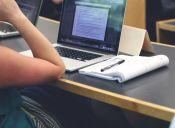 Conoce las carreras universitarias más caras y más económicas en Chile