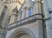 Escándalo en U. de Manchester por profesor que trabajaba como actor porno