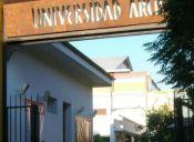 Rectora de la U. Arcis publica aviso en Facebook buscando docentes para el plantel