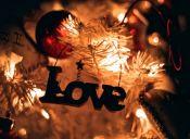 Romances de oficina en Navidad: El discurso sorpresa