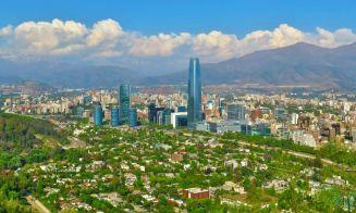 ¿Qué lugares visitar en Santiago si es que no vas a salir de vacaciones?