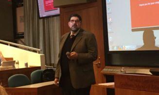 Profesor de Harvard expondrá sobre los desafíos de los futuros servicios locales de educación