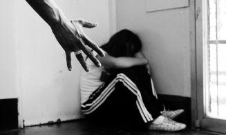 Más de la mitad de los jóvenes conoce a alguna víctima de violencia en el pololeo