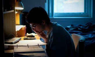 12 cosas que pasan cuando no estudiaste para un examen importante