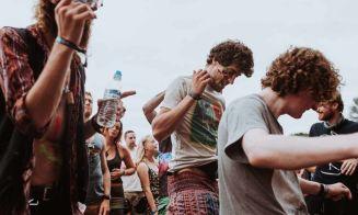15 cosas que nunca debes hacer en las celebraciones dieciocheras de la u