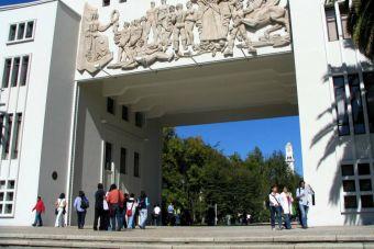 U. Autónoma, UCSC y UdeC son las universidades con más alumnos con gratuidad
