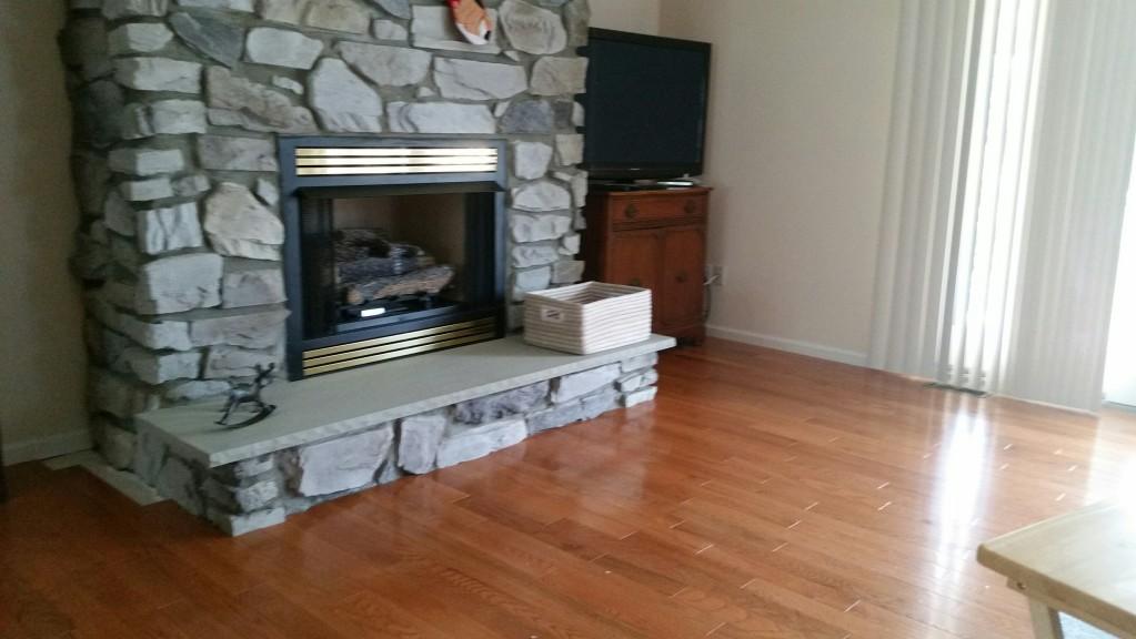 3 4 x 3 1 4 butterscotch oak casa de colour by builder for Builders pride flooring installation