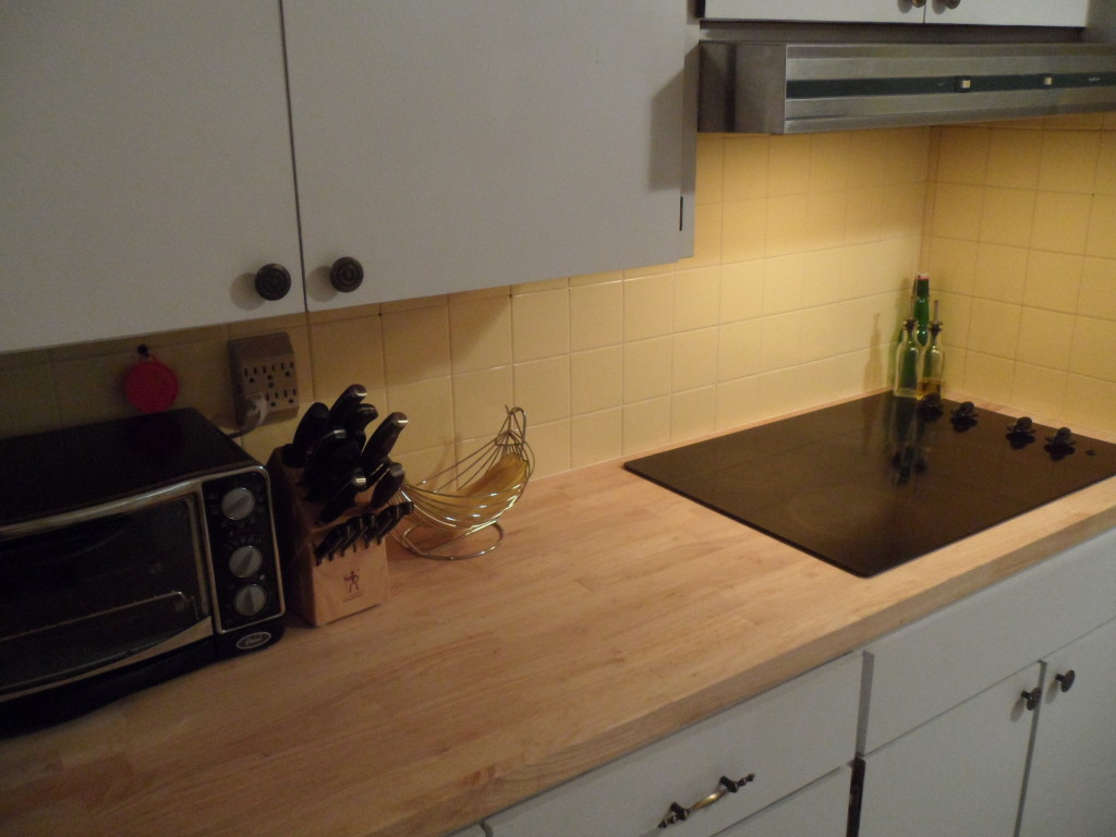 Great Countertop For Island Or Short Straight Run