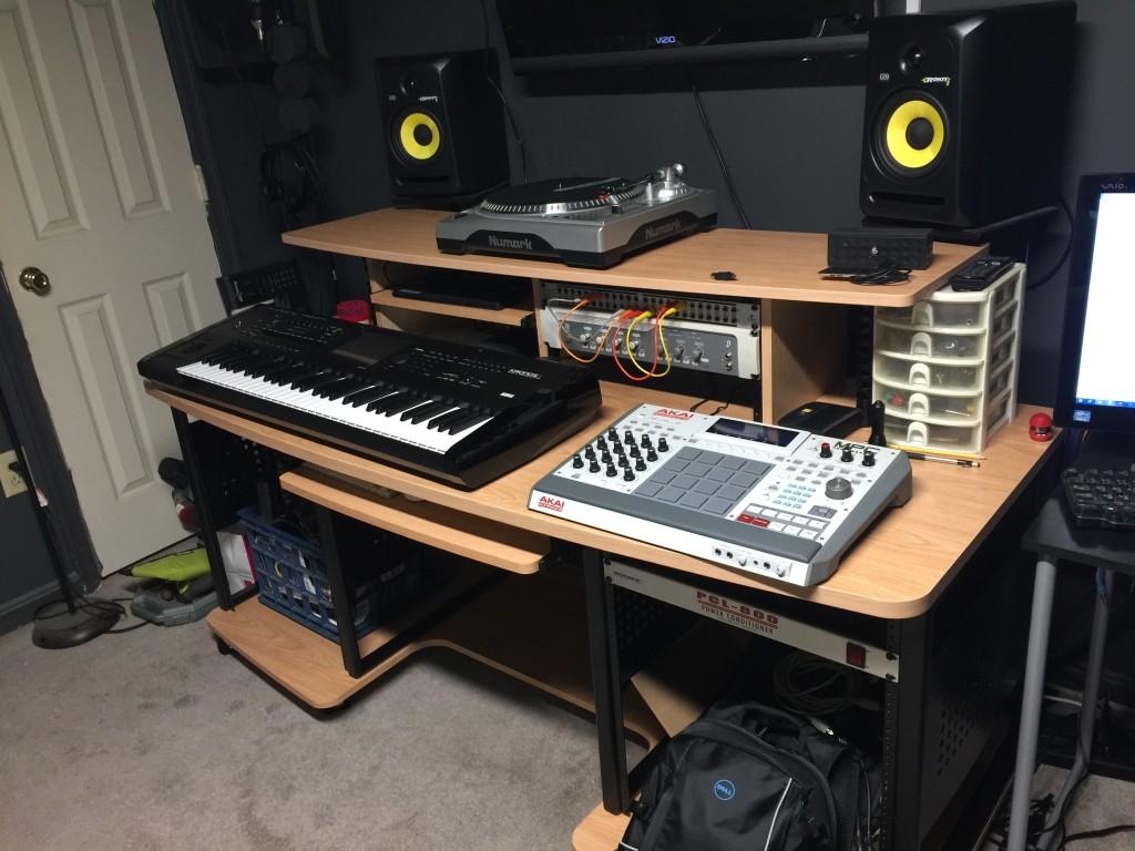 Studio Rta Desk Hostgarcia