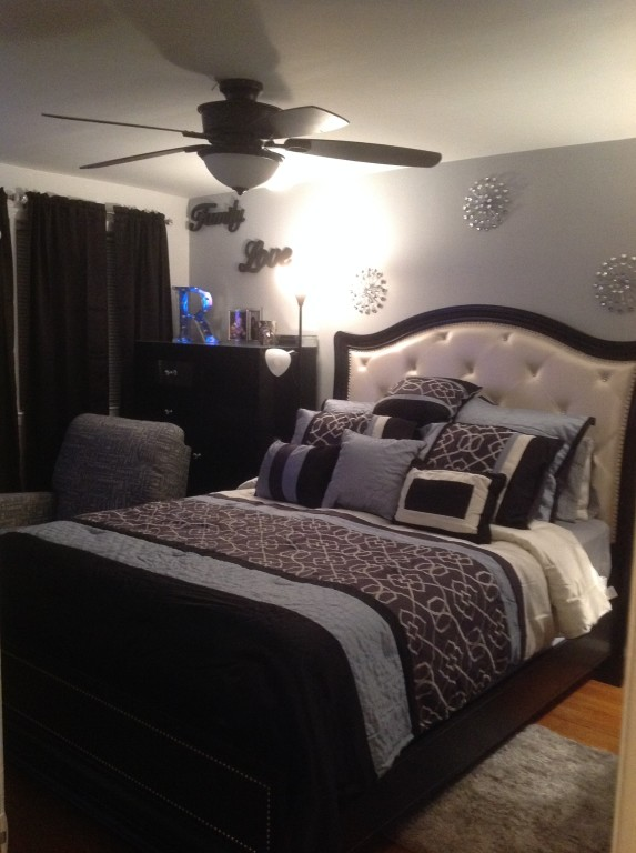 Marilyn Bedroom Set Pulaski Designs