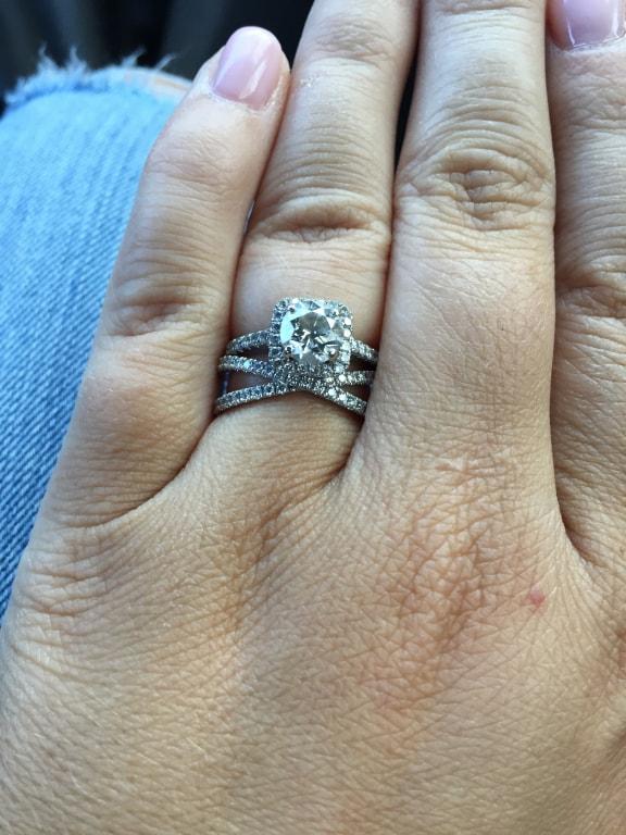 bisou diamond ring 1 3 ct tw in 18k white gold. Black Bedroom Furniture Sets. Home Design Ideas
