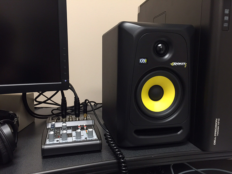 Hook up krk monitors