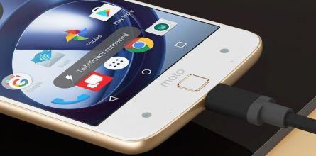 Motorola Moto Z Charging-Slot