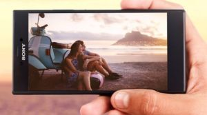 Sony Xperia R1 Plus Design and Display