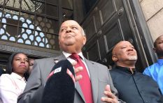 Gordhan rubbishes intelligence report and is applauded by Treasury staff