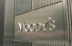 Moody's playing wait and see game says economist