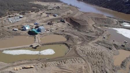 ОАО «Нижне-Ленское» выиграло аукцион на добычу россыпных алмазов в русле реки Молодо.