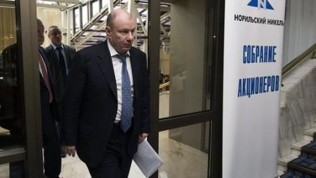 """Акционеры """"Норникеля"""" потеряли около $780 млн из-за падения рубля."""