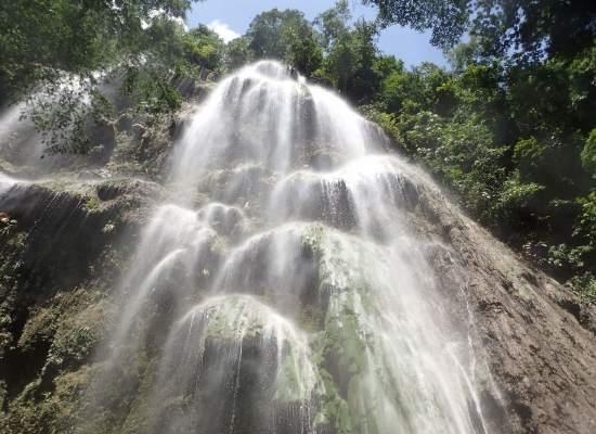 tumalog-falls-cebu-bohol-adventure-2