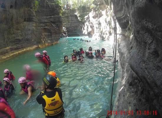 canyoneering-cebu-bohol-adventure