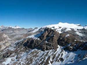 18 - La partie océanique du Mont Rose, du Pollux au Breithorn, au Col du Théodule.