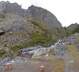 2.La presa del Ru Courtaud nel Vallone delle Cime Bianche (Ayas) ad oltre 2000 m.