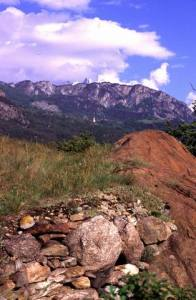 Muretti a secco con granito del Monte Bianco