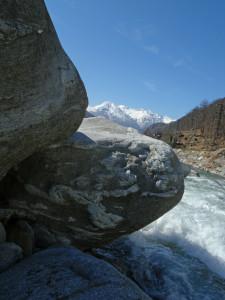 10. Les rochers au bord du Lys