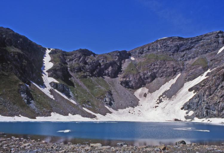 1. Grand Lac alla testata del vallone, sotto la Gobba di Rollin.